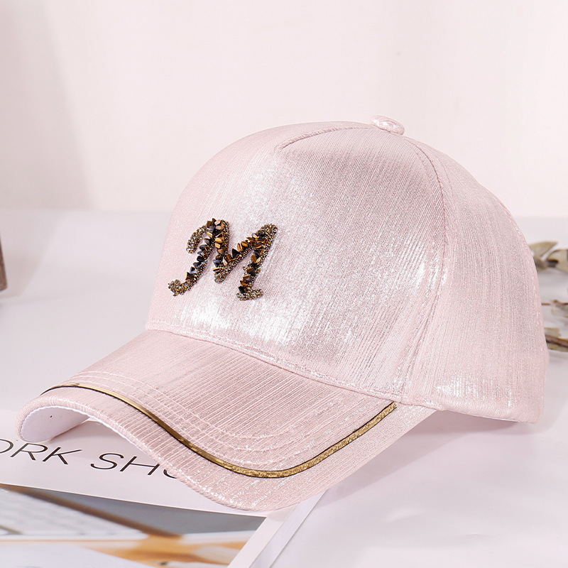 2020 New Metal Letter M Women Baseball Cap Breathable Mesh Outdoor Adjustable Embroidered Rhinestone D Mark Hats Summer Sunhat07