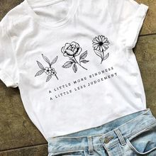 Женская футболка с цветочным принтом a little more kindness