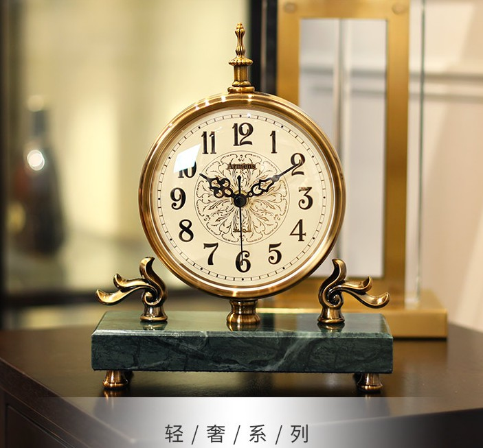Horloges simples nordiques, horloges de chambre créatives légères et luxueuses, horloges de salon, horloges de bureau, horloge décorative pour la maison