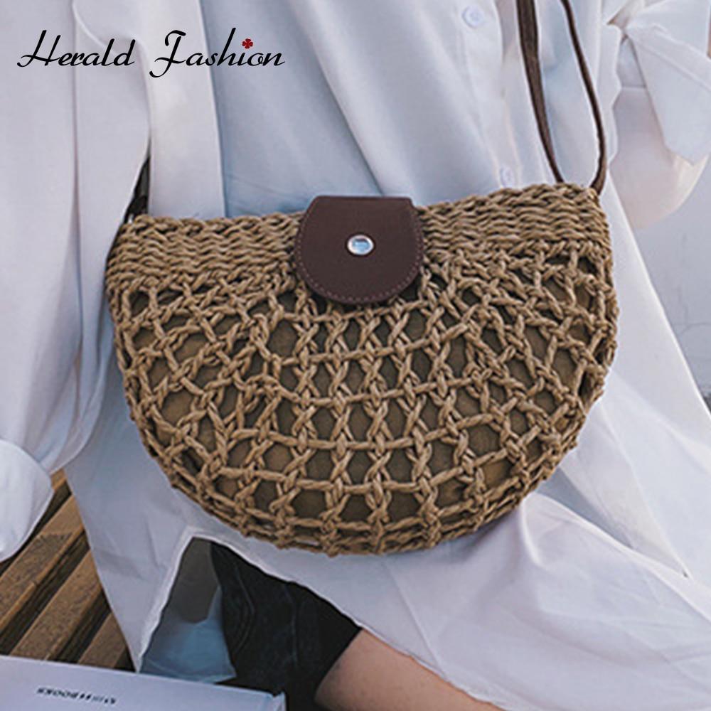 New Straw Bag 2020 Women Hand-Woven Hollow Handbag Moon Shape Rattan Bag Big Capacity Drawstring Handbag Casual Travel Beach Bag