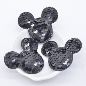 16Pcs/lot Glitter Sequins Black Mickey Padded Patches Mouse Appliques for DIY Crafts Clothes Hats Hairpin Decor Accessories C20(China)