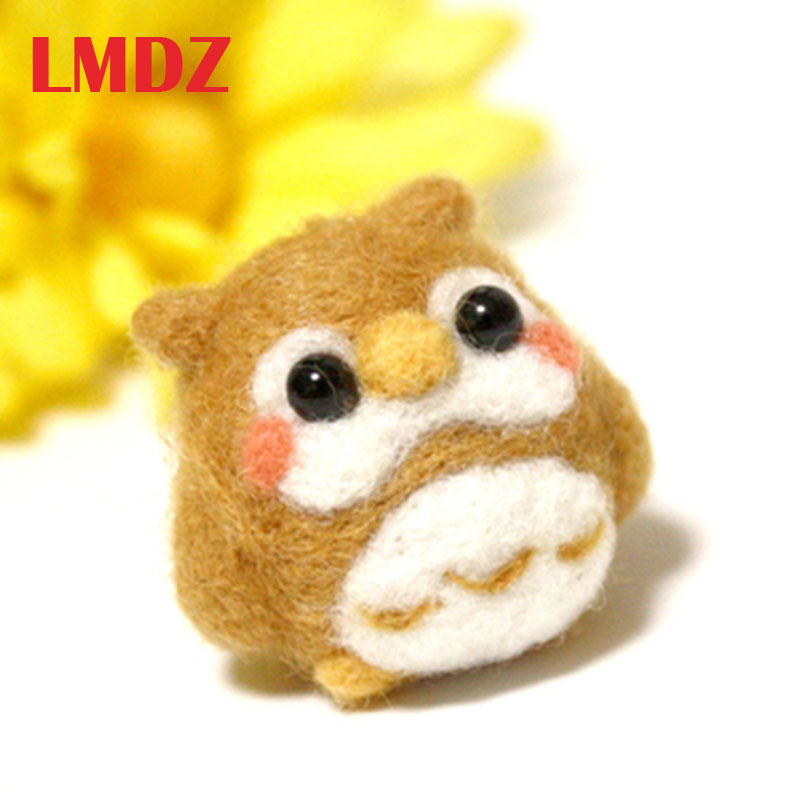 LMDZ 1Pcs Creative Cute Animal Penguin Toy Doll Wool Felt Poked Kitting Non-Finished Handcarft Wool Felting Material