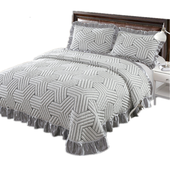 $ US $84.94 Volleyball pattern 1 Pc Bed cover+2pcs Pillowcases European style Quilt luxury Bedspread thickening Blanket bed Lotus leaf lace