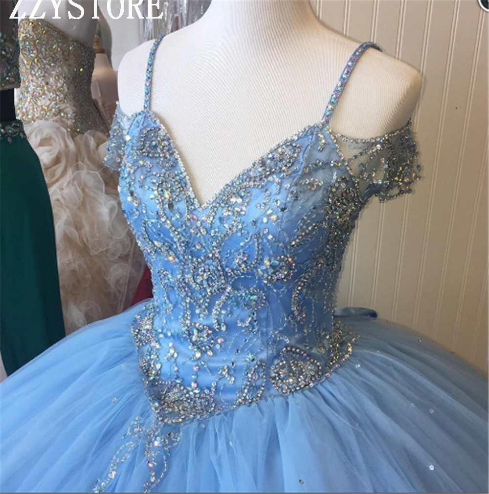 2019 Fashion Crystals Blue Spaghetti Straps Sequins Beading Tulle Quinceanera Dresses  Ball Gown Lace-Up Formal Party Gowns