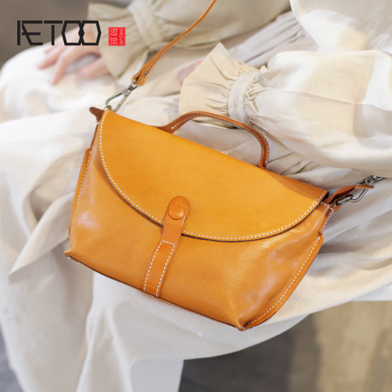 AETOO Flip envelope bag, women's slanted one-shoulder bag, art handmade leather retro soft leather handbag