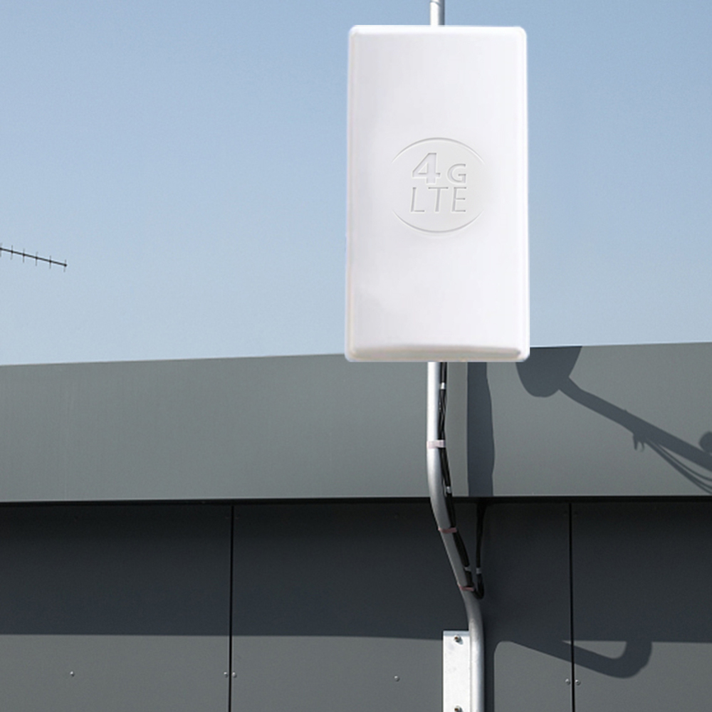 24dBi Outdoor 4G LTE MIMO AntennaLTE Dual Polarization Panel Antenna Double SMA Male Connector  For Huawei 4G Router