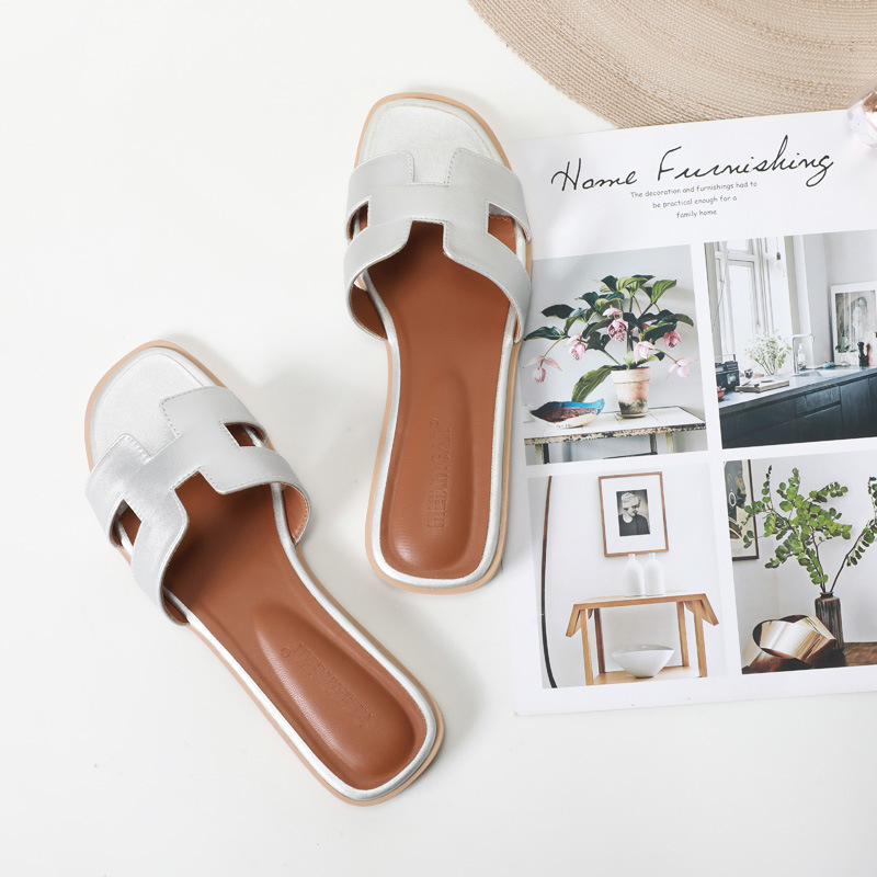 Summer 2020 Women Slippers Leather Ladies Slides Round Toe Summer Flat Sandals Cute Slippers Plus Size