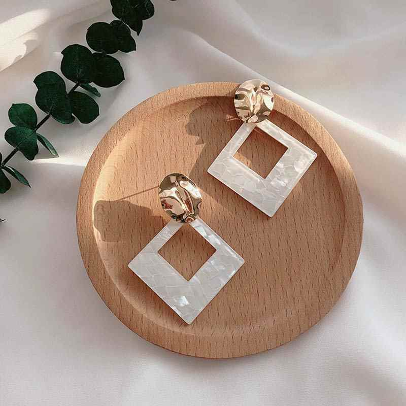 Unique Simple Korean Style Fashion Jewelry Seaside Party White Geometric Statement Hot Sale Drop Earring 1Pair Big Acrylic Gifts