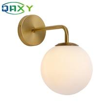 В комплект входит светодиодный ная лампа 12 Вт, золотые Настенные светильники с молочным/прозрачным специальным стеклянным круглым шариком, прикроватные Настенные светильники в спальне [DT4150]