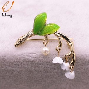 new Cute Green Enamel brooch Lily of the valley Enamel Pin Gife for women plant accessories for Gift fashion