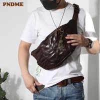PNDME moda de alta qualidade do couro genuíno do vintage saco peito dos homens adolescentes grandes pacotes de cintura de couro macio casuais sacos do mensageiro