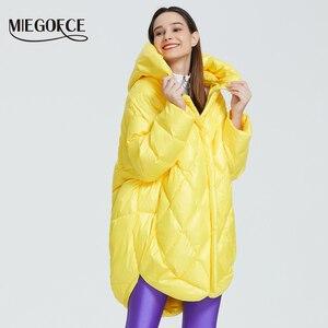 Image 3 - MIEGOFCE 2020 Новый Дизайн Роскошный Женский Парка Яркие Расцветки Повседневная Свободная Пальто Теплая Негабаритная Женская Куртка утепленные дутые куртки стойкий воротник с капюшоном