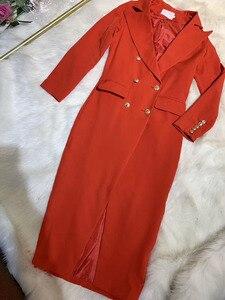 Image 4 - Năm 2020 Thời Trang Thu Nữ Đen Đỏ Trắng Cổ Chữ V Tay Dài Đôi Ngực Dài Đầm Áo Khoác Nữ Giáng Sinh áo Khoác