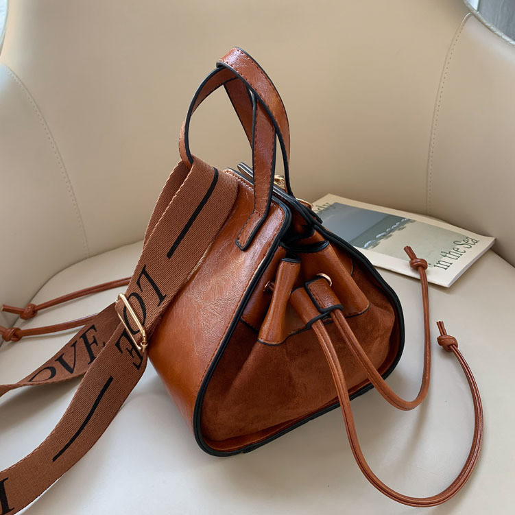 Vintage Matte Leather Women Bucket Bag Letter Webbing Crossbody Bag For Women's Designer Handbag Ladies Shoulder Bags Bolsas