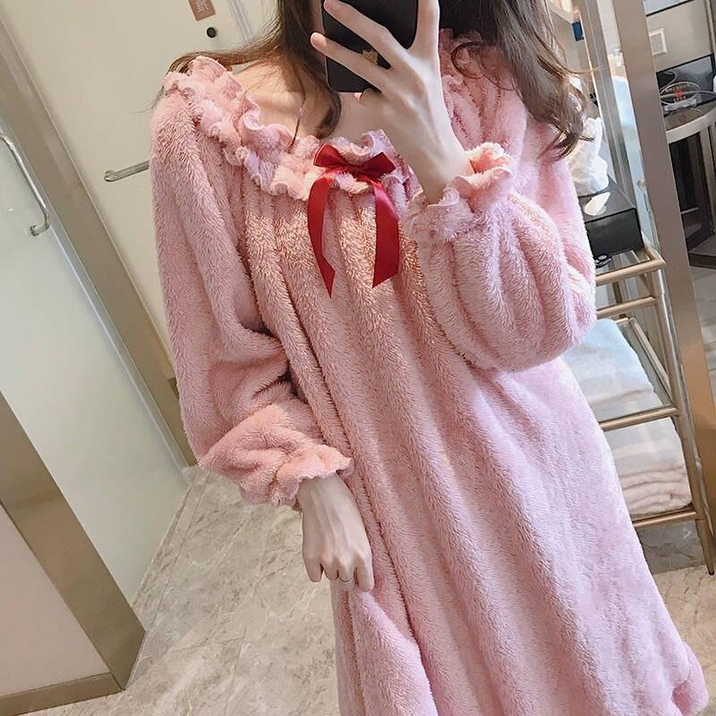 Women Winter Nightgowns Warm Thicken Flannel Nightdress Long Sexy Off Shoulder Ruffles Sleepshirts Sweet Sleepwear Pink White