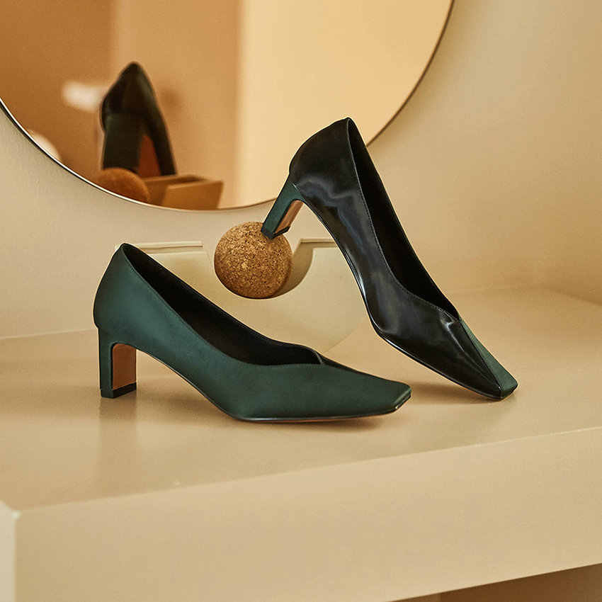 QUTAA 2020 ilkbahar sonbahar kare ayak kadınlar üzerinde kayma pompaları kaliteli ipek deri karışık renk moda bayan tek ayakkabı boyutu 34-39