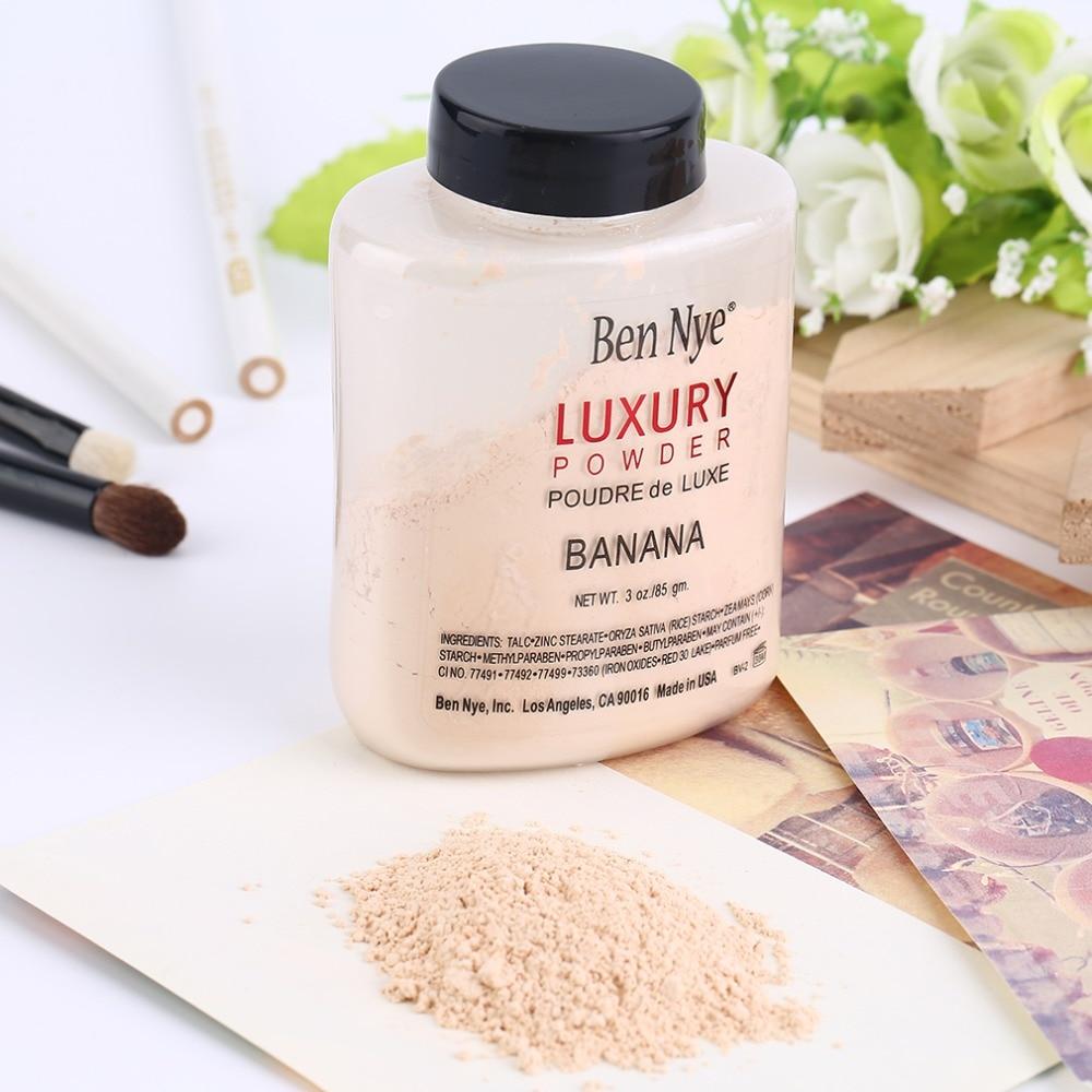 Trendy Products Luxury Banana Powder Bottle Face Makeup Powders Women Lady Facial Contour Brighten Setting Powder Foundation