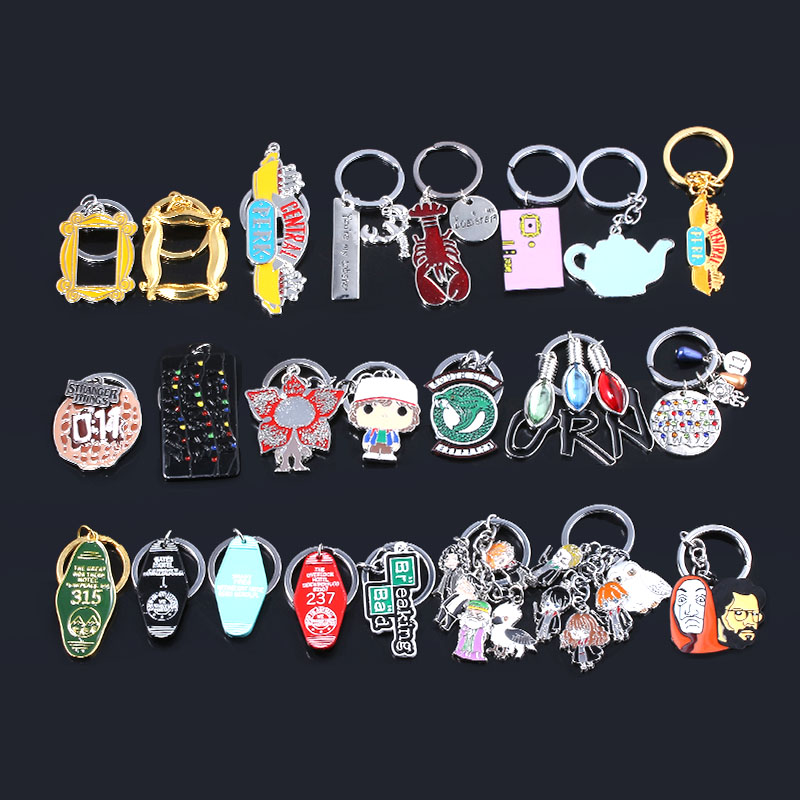 SG New Hot TV Show Keychains Friends Coraline Stranger Things La Casa De Papel Hotel Room Keyring Pendant Men Lady Jewelry Gift