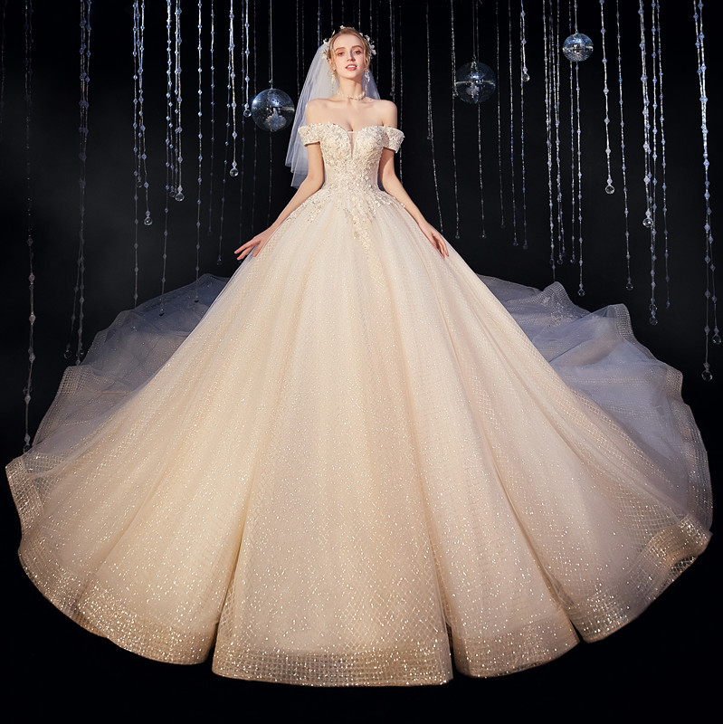2020 New Design Luxury Wedding Dress Off Shoulder Crystal Beaded Appliqued Sweetheart Bridal Ball Gown