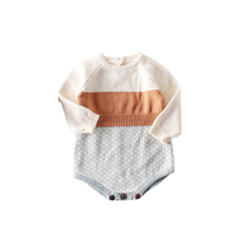 2009 New Baby Girl  Bodysuits Retro Colour Knitted Clothes Bottom wrapped Horsewear And Crawling Clothes