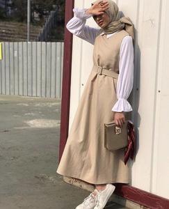 Image 2 - Muslim Women Long Sleeve Blouse White Casual Top Shirt Turtle Neck Loose Clothes Plus Size Elegant OL Style Blouse Islamic Arab