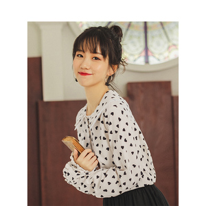 Image 3 - INMAN Spring Autumn Retro Young Girl Literary Cute Turn Down Collar Print 100%Cotton Women Blouse
