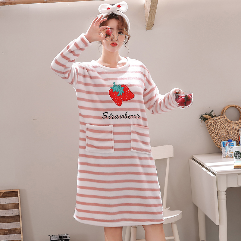 Cute Nightdress 2019 Flannel Winter Warm Womens Nightgown Sleepwear Knee-Length Loose Leisure Sleepwear Shirt Women Outwear