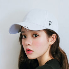 Korean version of iron ring baseball cap Sun Cap summer new hat black travel cap men and women lovers punk cap(China)