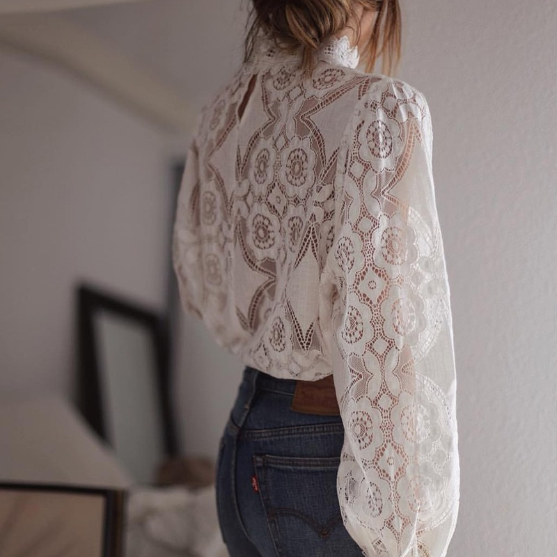 Hollow Out Summer Blouse Exquisite Elegant Women Blouse Lace Openwork Blouse Casual Loose Style Long-sleeved Blouse