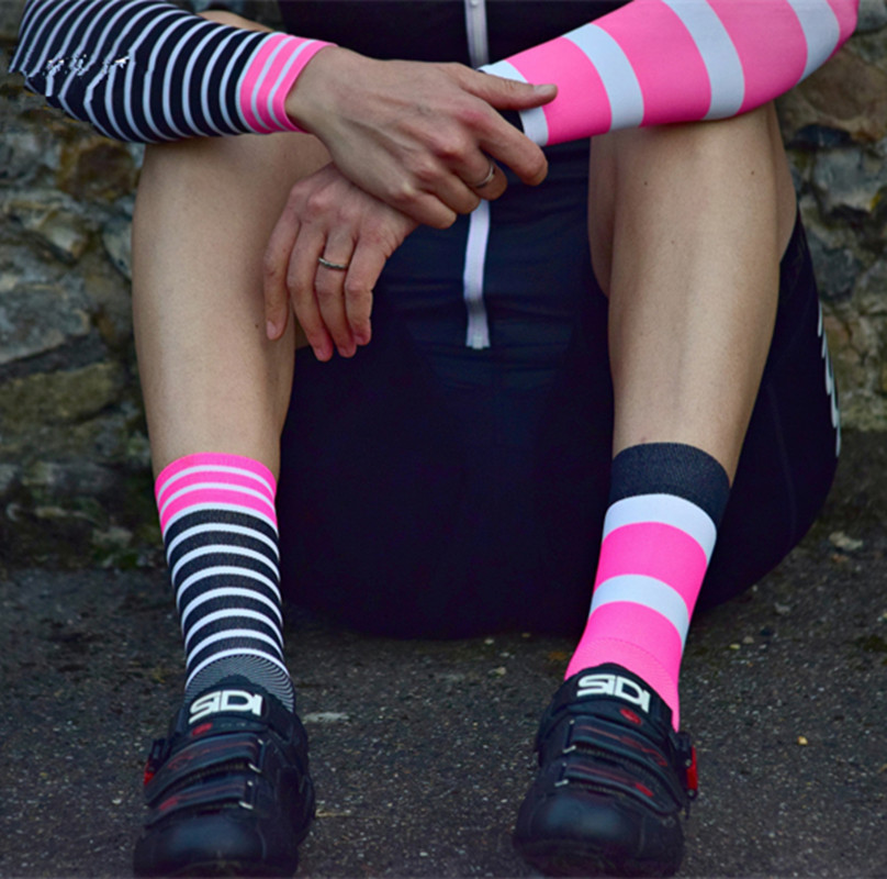 Outdoor Racing DH Sports Cycling Socks Compression Socks Men Stripes For Basketball Football Gym Bike Socks Footwear Colorful