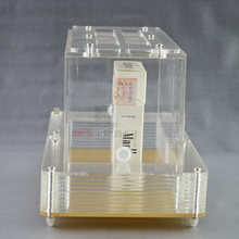 Акриловая четырехсторонняя коробка для кормления с областью