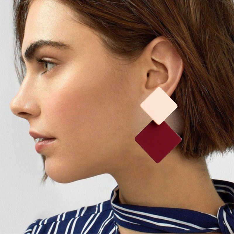 Korea Versi Baru Cat Geometris Square Anting-Anting Berlebihan Fashion Sederhana Liar Merah Anting-Anting Retro Angin Dingin Wanita