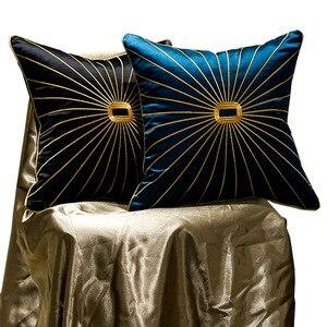 Image 5 - Роскошная наволочка из шенилла с золотистыми окантовками и кисточками, темно зеленая наволочка для дивана с принтом лошадей, наволочка для подушки