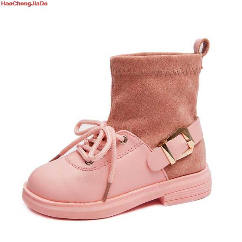 เด็กรองเท้าฤดูใบไม้ร่วงฤดูหนาวแฟชั่นผู้หญิงสไตล์อังกฤษ Martin Boots ชายรองเท้าสีดำสำหรับเด็ก Casual Booties สีชมพูโรงเรียน