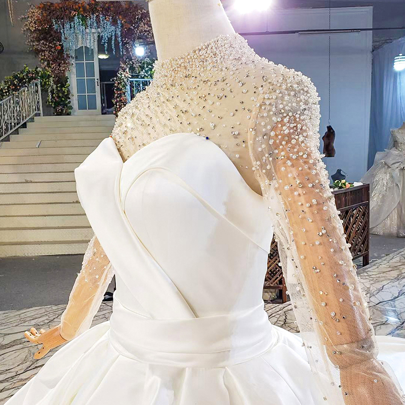 HTL1817 Simple White Sequined Beading Satin Wedding Dress 2020 Sweetheart Long Sleeve Ball Gowns 6