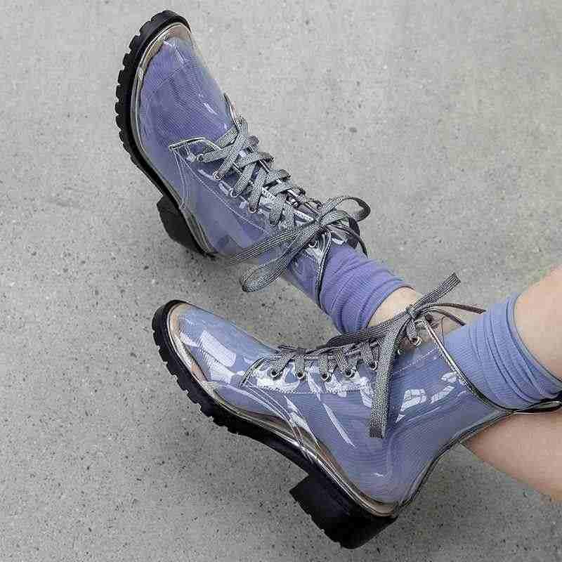 Krazing pot sıcak yeni yüksek moda kristal çivili şeffaf çizmeler yuvarlak ayak med topuklu lace up kadınlar günlük giyim yarım çizmeler l57