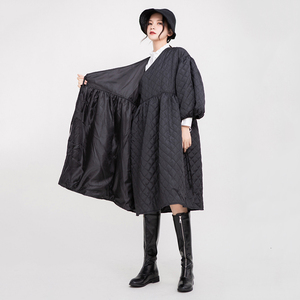 Image 5 - [EAM]  V collar Black Bandage Cotton padded Coat Lantern Sleeve Loose Fit Women Parkas Fashion Tide New Spring Autumn 2020 1D700