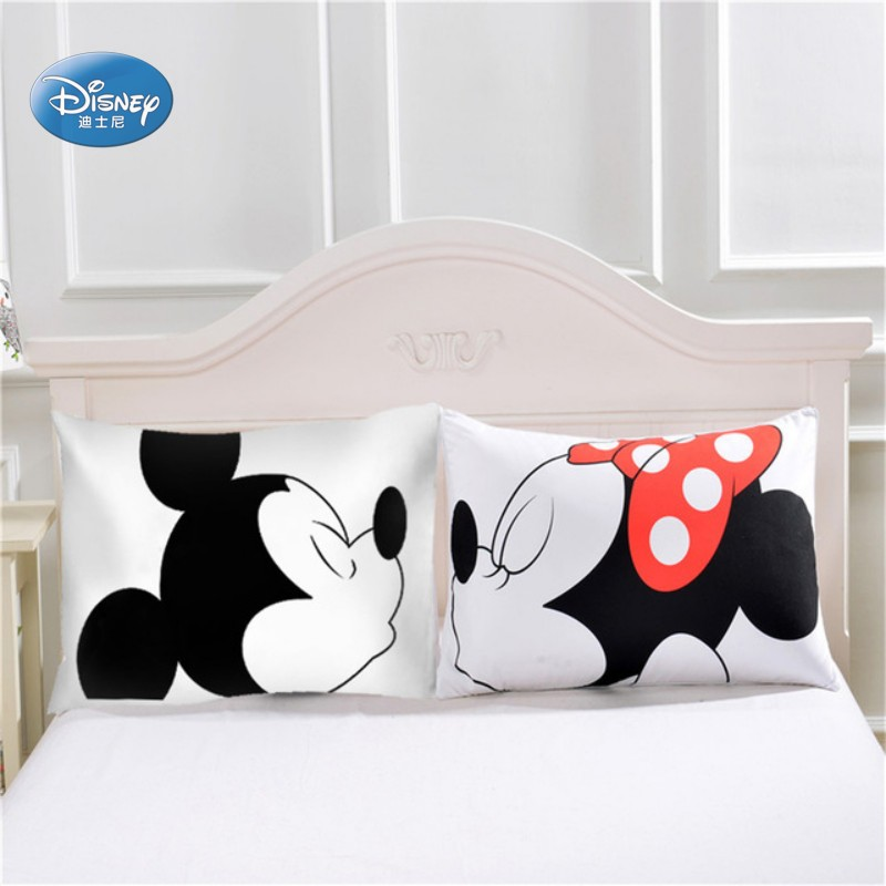 conew_minnie and mickey pillowcases (9)