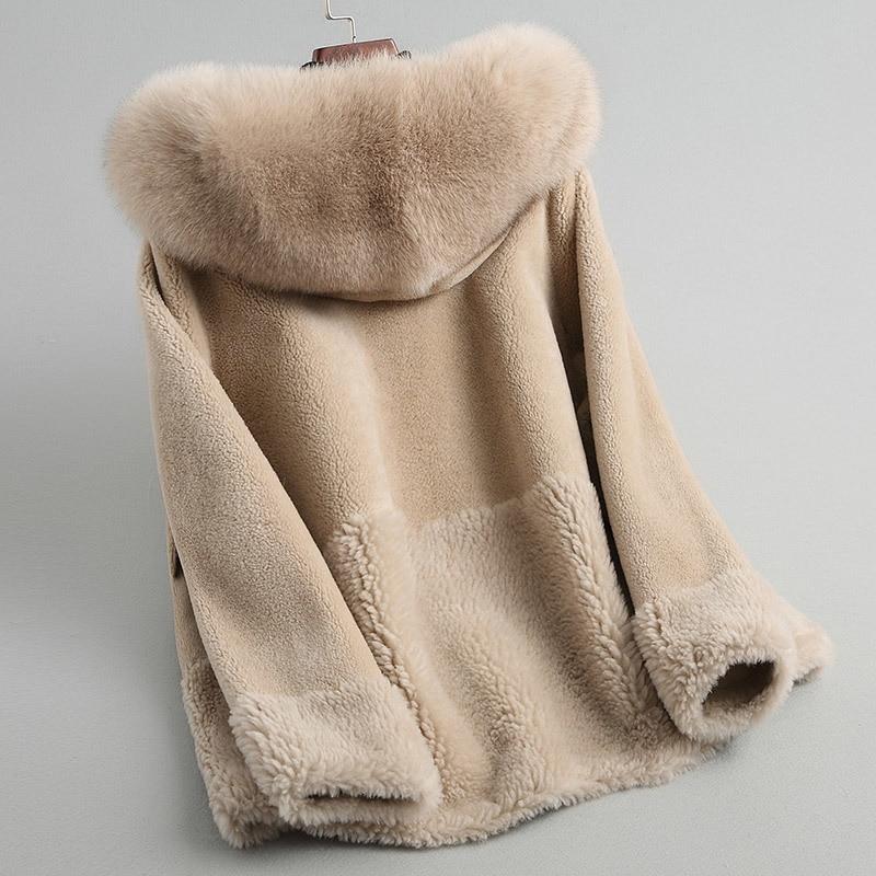 Fur Lamb Women Coats Natural Fox Fur Collar Hooded Real Wool Fur Coat Female Winter Sheep Shearing Jacket 18154 WYQ2022