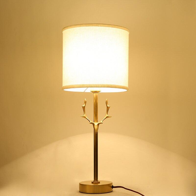 Nordic Creatieve Tafel Lampen Volledig Koperen Gewei Modern Design voor hotel foyer decoratie verlichting Pure handwerk lamp body forge-in Tafellampen van Licht & verlichting op