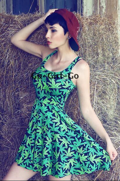 Jamaica Dress Maple Leaf Print Green Dresses