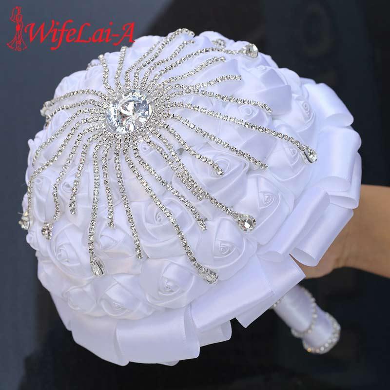 WifeLai-A White Ribbon Rose Flower Bouquet For Marriag Bride Bridesmaid Holding Flowers Handmade Rhinestone Wedding Bouquet W701