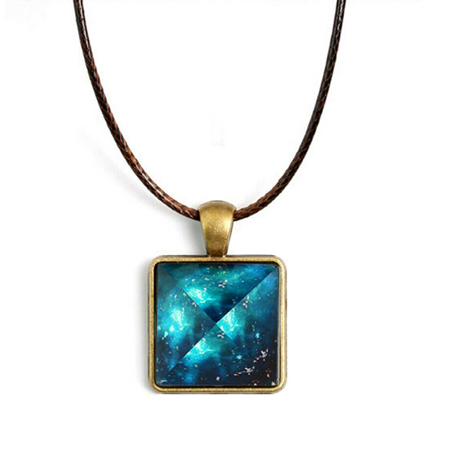 Gift Crystal Glow in the Dark Luminous Necklace Vintage Pendant Pyramid Choker