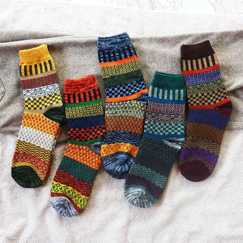 Kış yeni erkek kalın sıcaklık Harajuku Retro moda rahat yün yüksek kaliteli pamuk çorap ucuz toptan