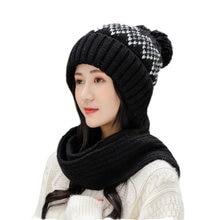 Шерстяная шапка и шарф женский элегантный зимний теплый вязаный