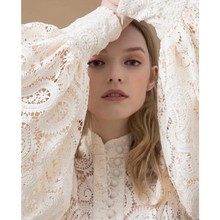 Womens High Quality long Sleeve Embroidery Hollow Out Dress Elegant White Lace Vacation Party Runway Dresses