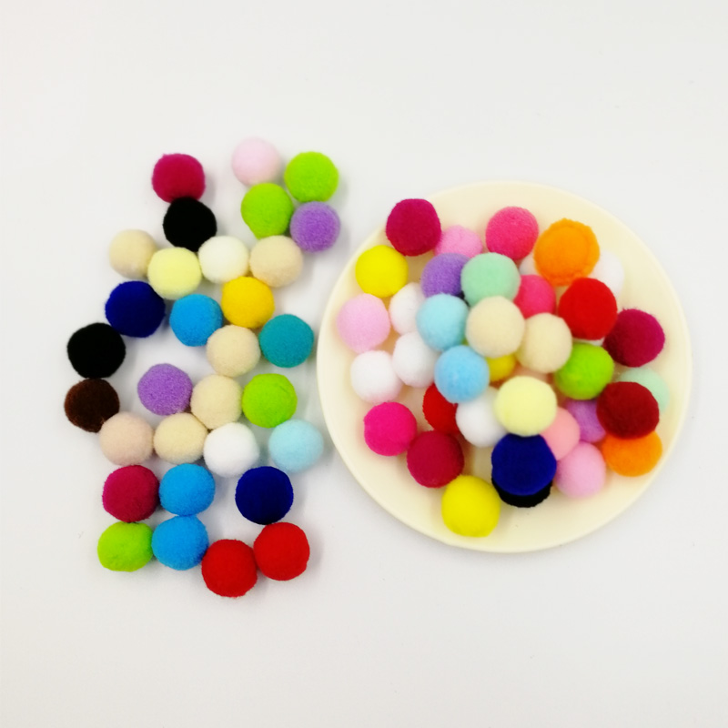 Wholesale 20mm Pompoms 1000Pcs Soft Pom Poms Fur Balls Sewing on Cloth Fabric Supplies Arts Crafts DIY Wedding Decor Accessories