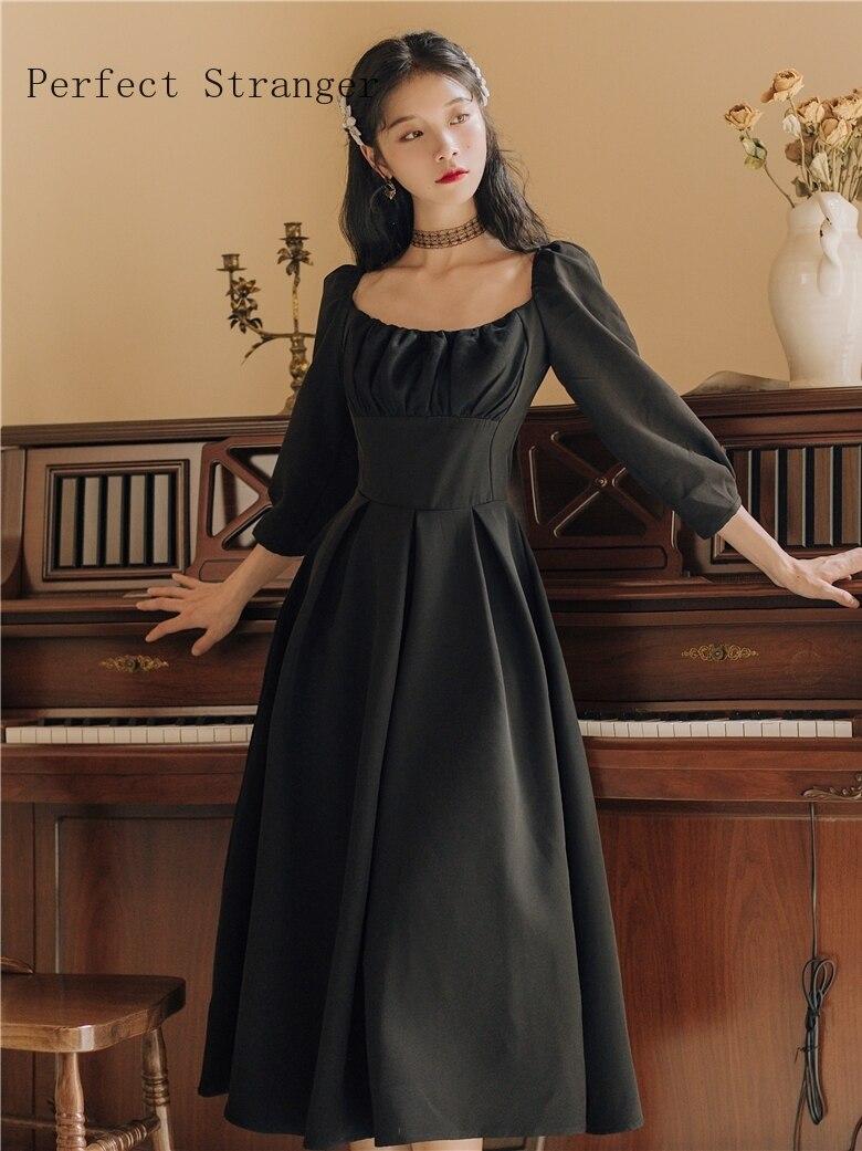 2019 hiver nouveauté princesse Style élégant col carré lanterne manches femme longue robe en velours noir