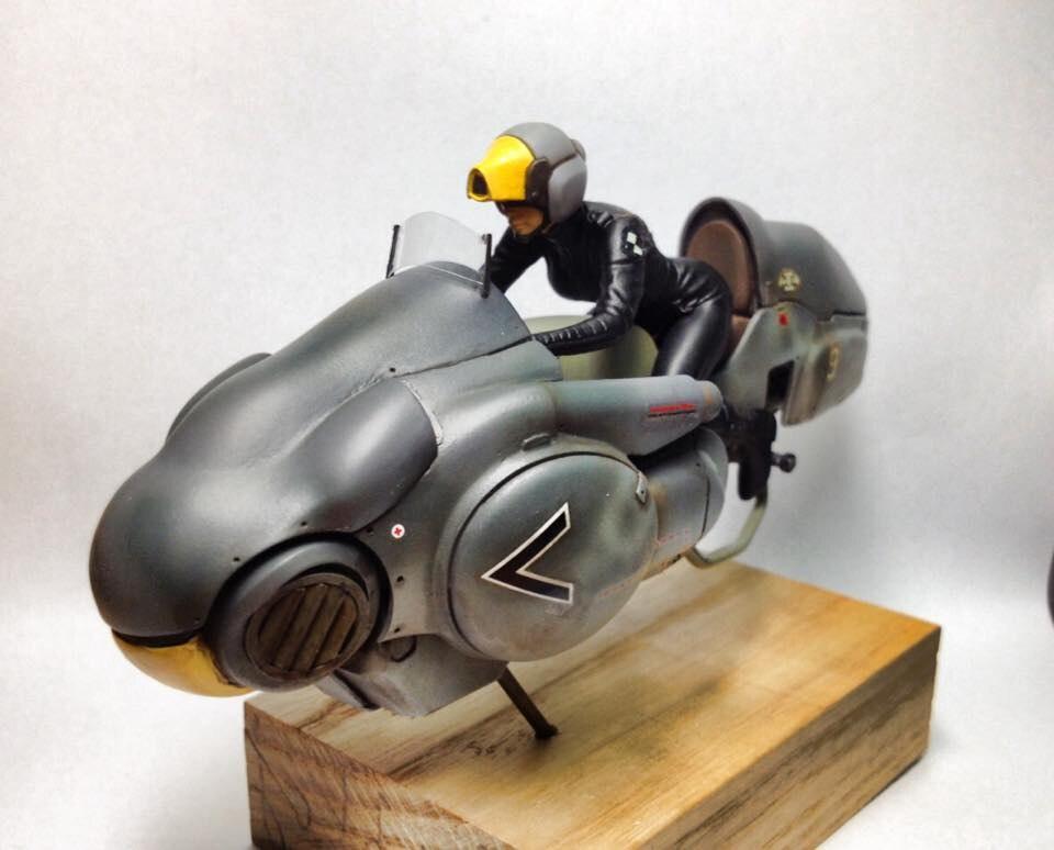Resin Figure Kit 1/20 Strahl Hover Bike Garage Resin Model KitAction