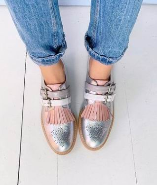 Flat Shoes Women Casual Slip-on Round Toe Fringe Shoes Autumn New Big Size  Womens Shoes  Zapatos De Mujer  B16